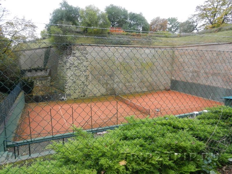 Теннисный корт, Вышеград, Прага
