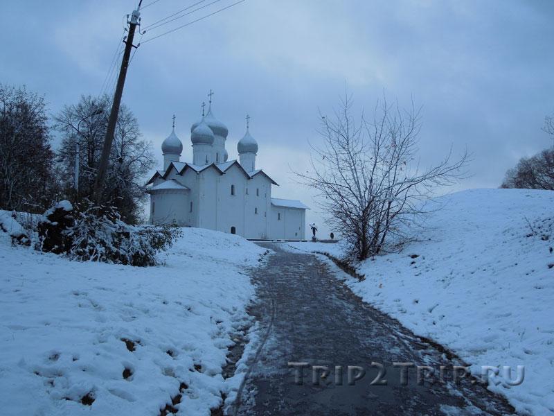 Храм Бориса и Глеба в Плотниках, набережная Александра Невского, Великий Новгород