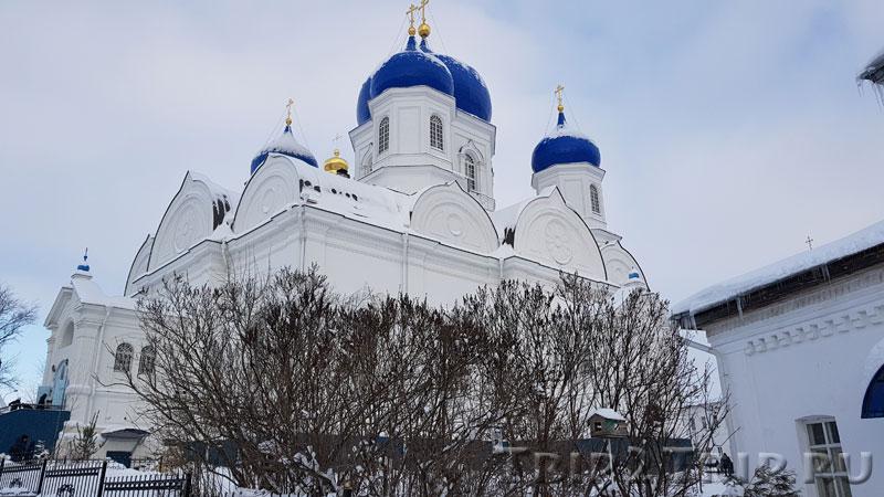 Собор Боголюбской иконы Божией Матери, Боголюбский монастырь, Боголюбово