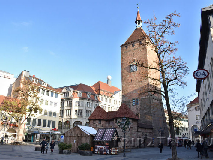 Белая башня со стороны барбакана, Нюрнберг