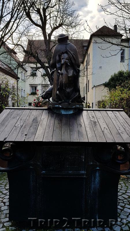 "Фонтан ""Проповедь гусям"", Епископский дворец, Регенсбург"