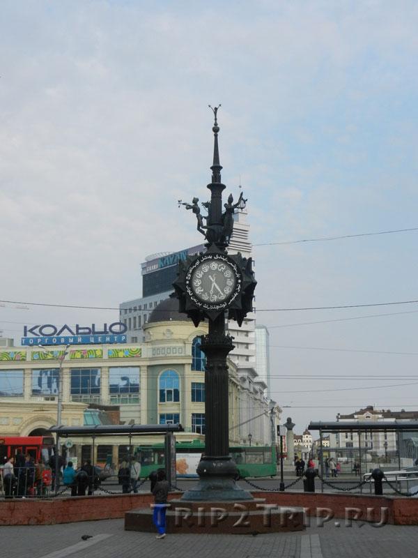 Часы, площадь Тукая, Казань