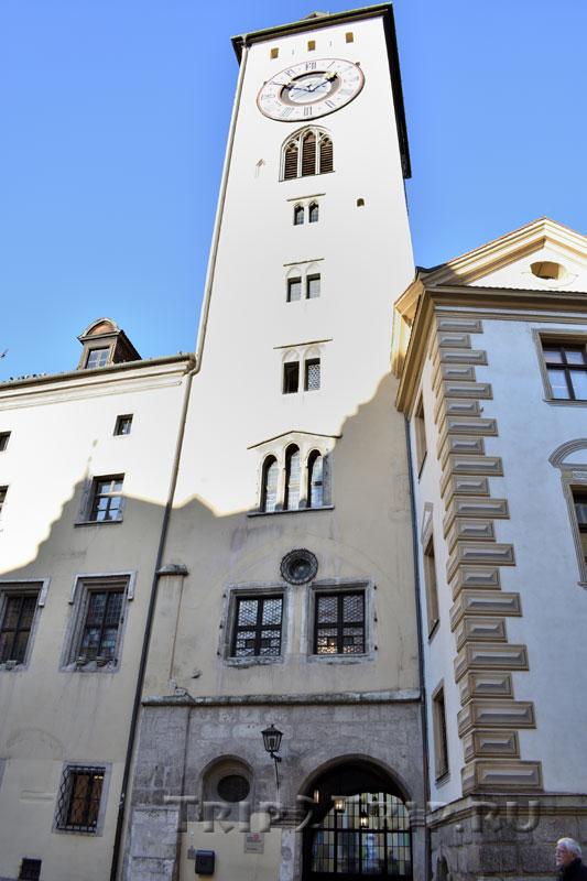 Золотая башня в Регенсбурге