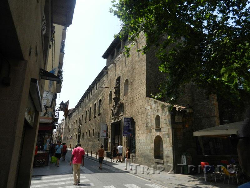 Улица Каррер де л'Оспиталь, Эль Раваль, Барселона