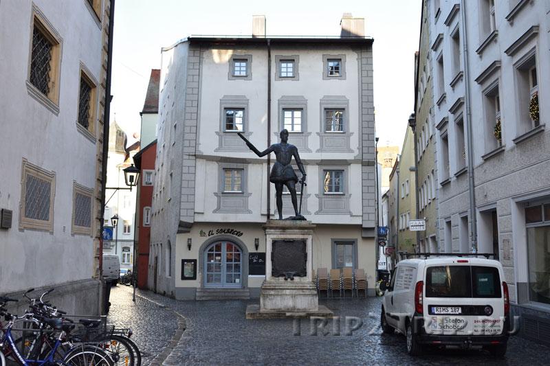 Памятник Дону Жуану Австрийскому в Регенсбурге