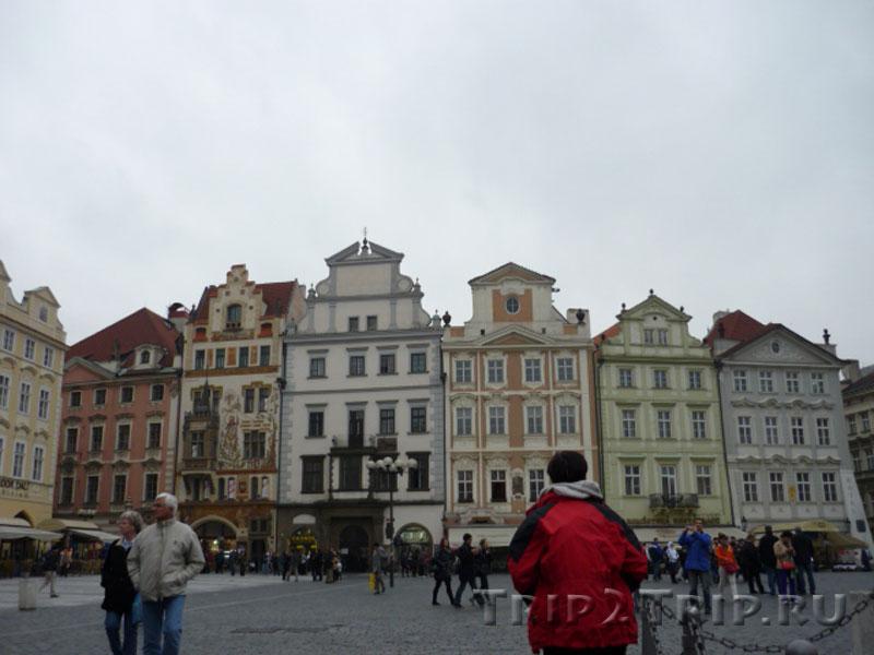 Дома по южной стороне Староместской площади, Прага