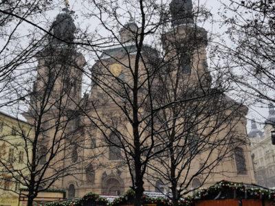 Храм Святого Микулаша, Староместская площадь, Прага