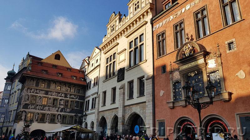 """Дом """"У Петуха"""", дом Кршижа, и Староместская ратуша, Староместская площадь, Прага"""
