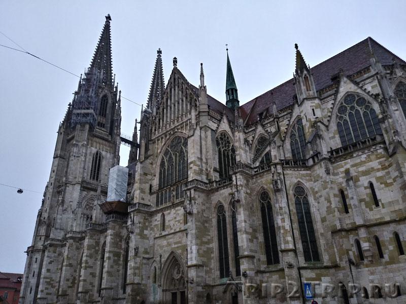Собор Святого Петра в Регенсбурге