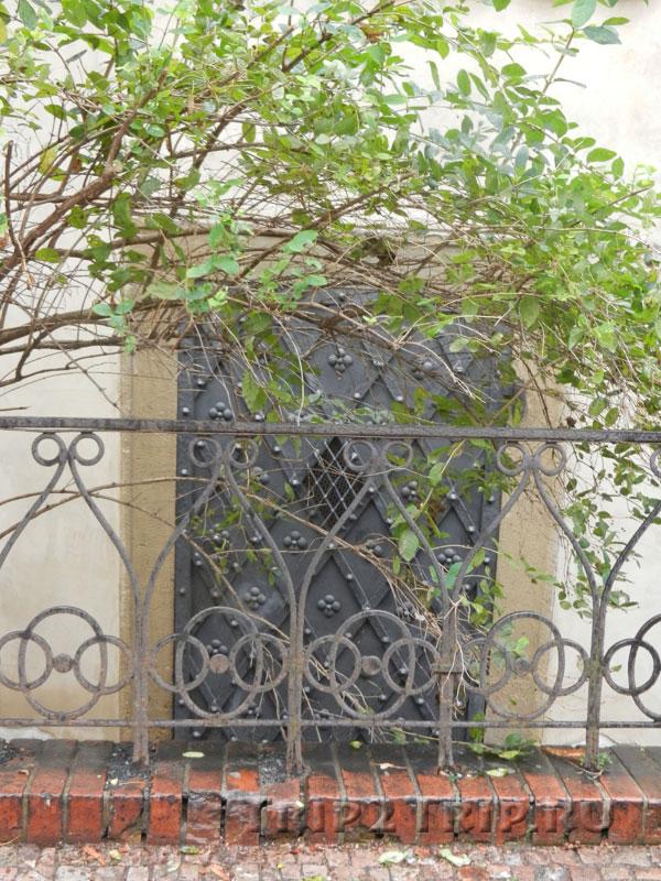 Дверка Староновой синагоги, Йозефов, Прага