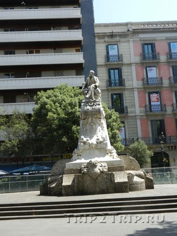 Памятник Федерику Солеру, Рамбла, Барселона