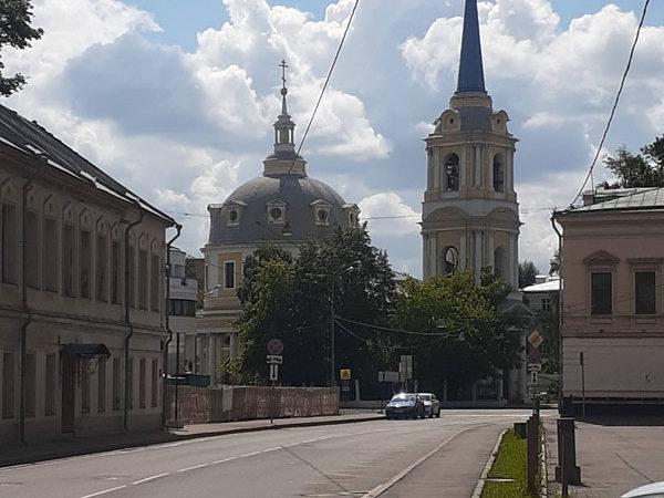 Храм Вознесения на Гороховом Поле в перспективе Токмакова переулка, Москва