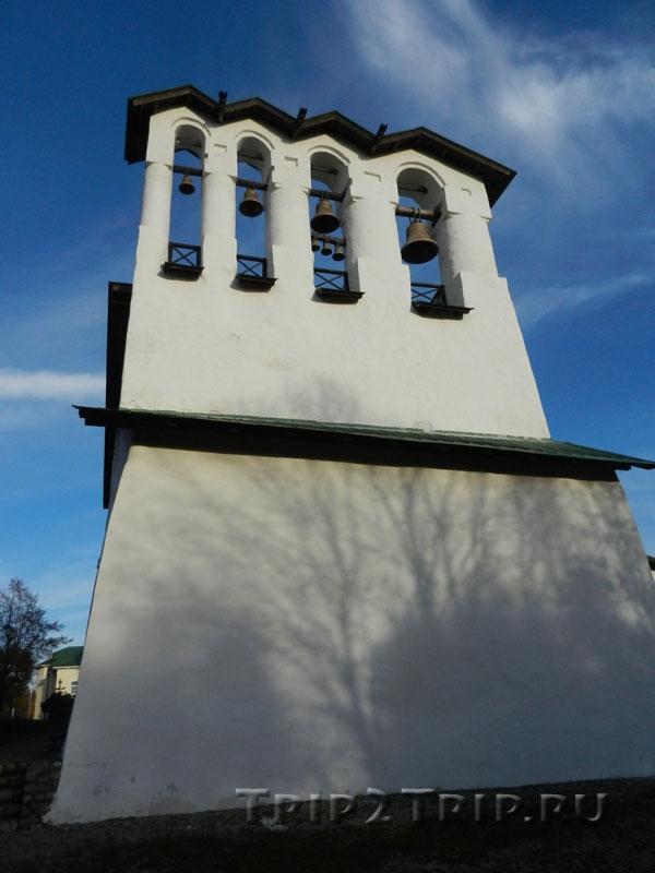Звонница церкви Богоявления с Запсковья, Псков