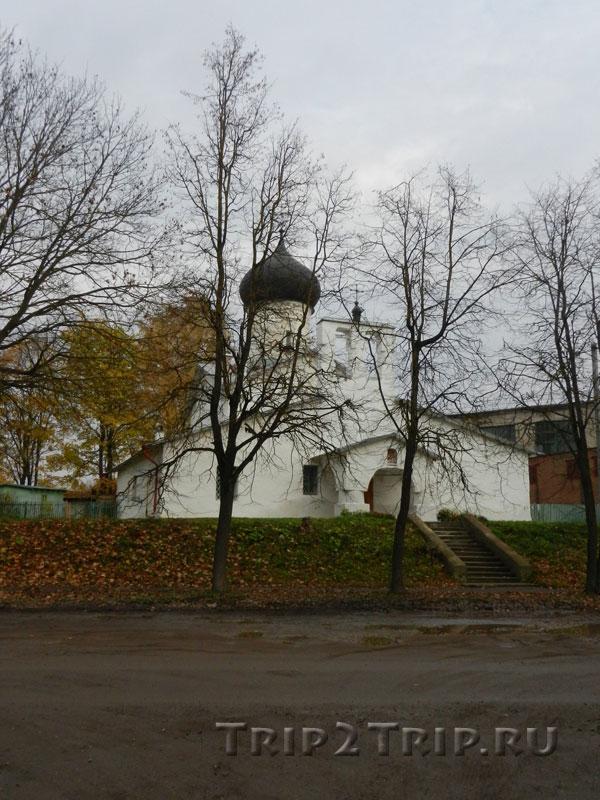 Церковь Иоаким и Анны, Окольный город, Псков