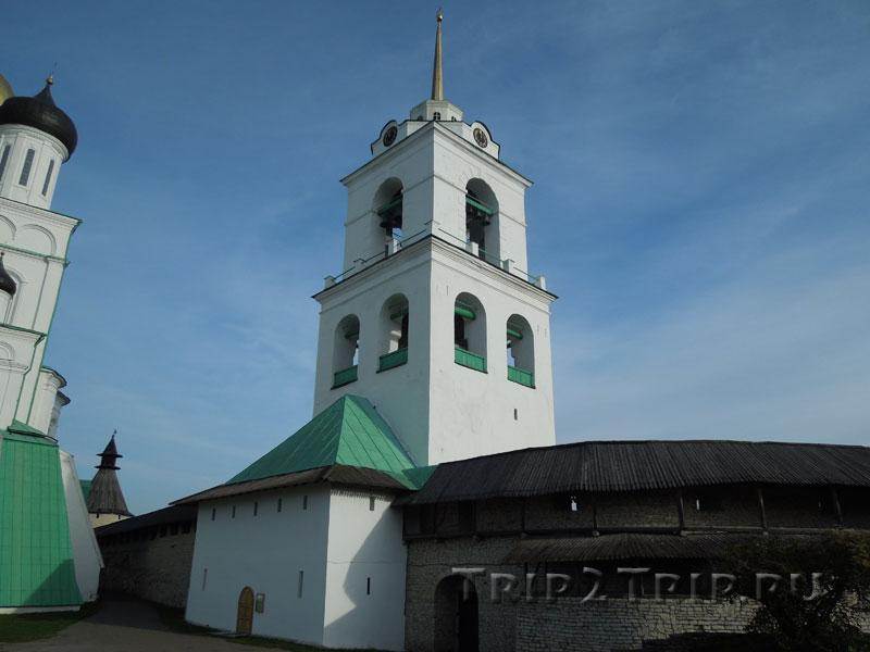 Колокольня Троицкого собора, псковский Кром