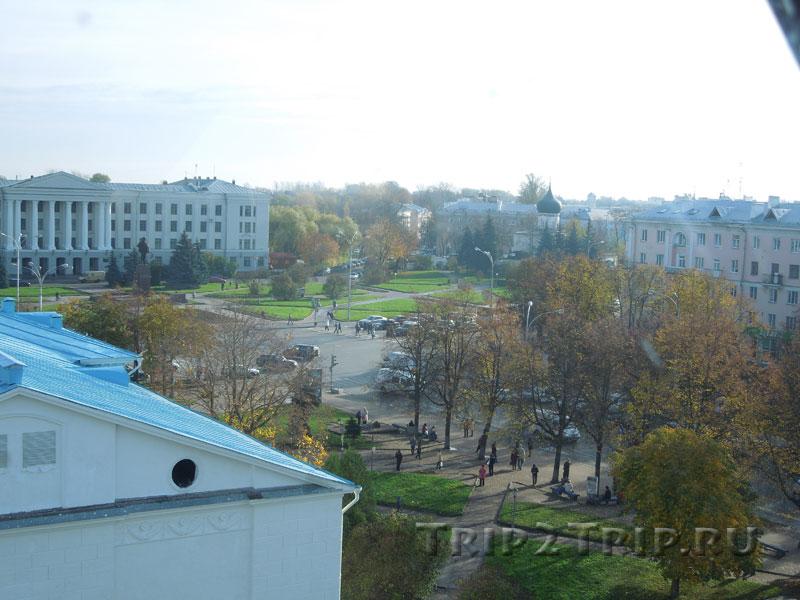 Площадь Ленина, Средний город, Псков