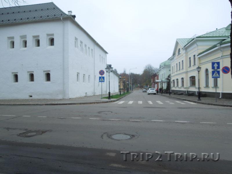 Поганкины палаты, Красный Крест, Окольный Город, Псков