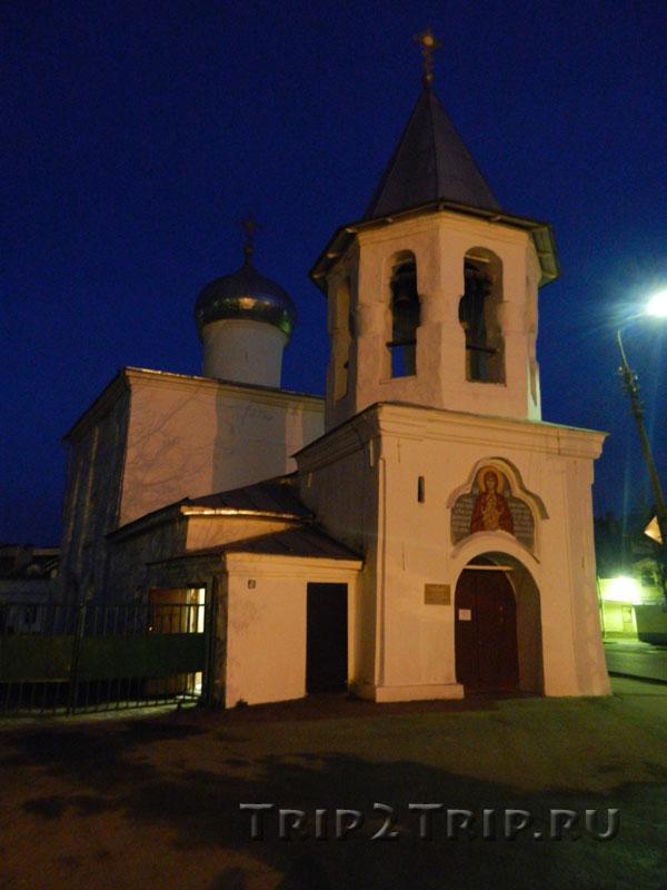 Храм Покрова Пресвятой Богородицы от Торгу, Окольный город, Псков