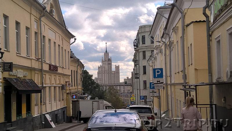 Большой Спасоглинищевский переулок, Москва