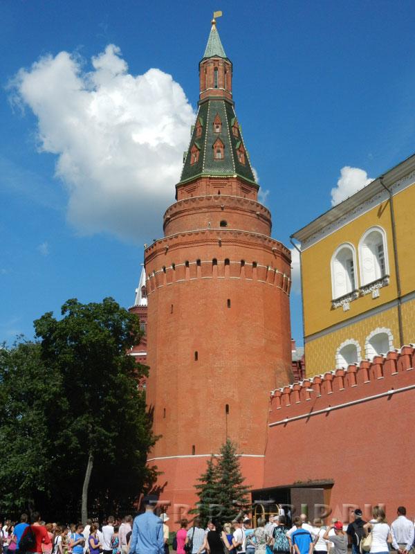 Угловая арсенальная башня, Кремль, Москва