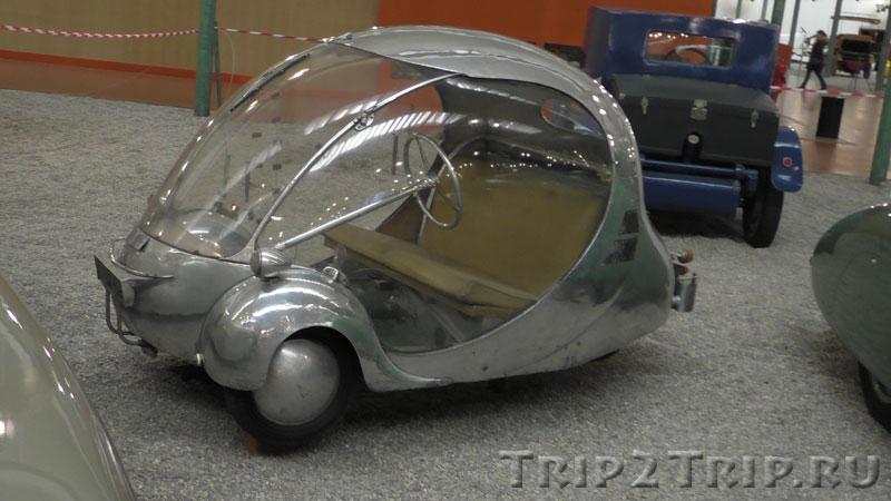 """Arzens, Biplane """"L'Oeuf"""", 1942, музей ретроавтомобилей, Мюлуз"""