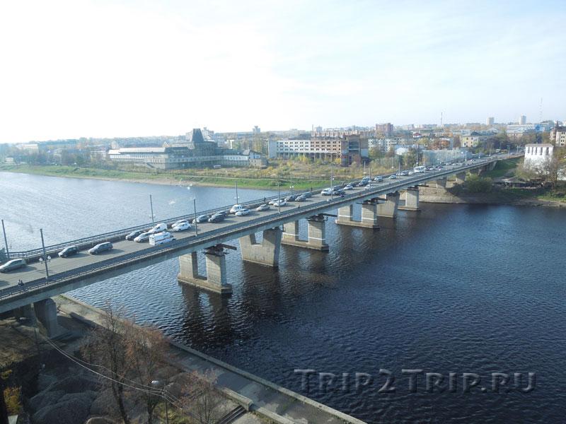 Ольгинский мост через реку Великая, Псков (Вид с Власьевской башни)