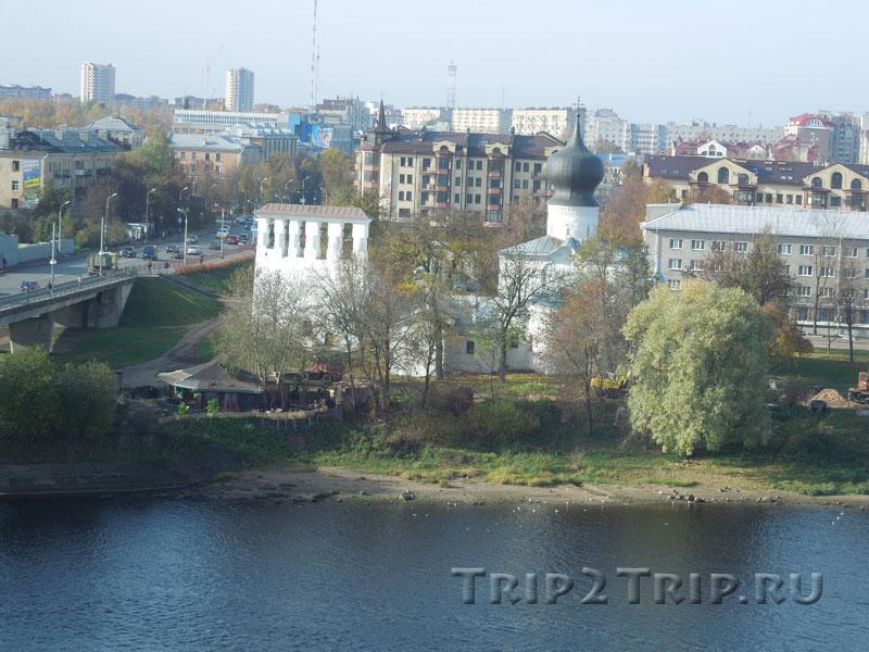 Церковь Успения с Пароменья со звонницей, Завеличье, Псков