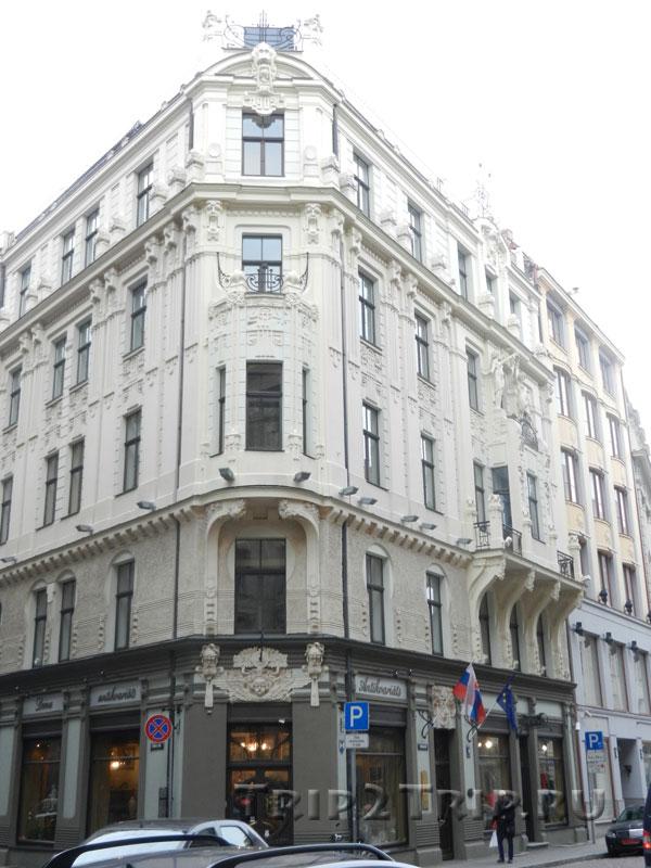 Посольство Швейцарии (Смилшу, 8), Рига
