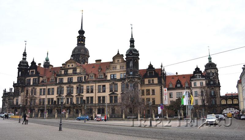 Замок-резиденция, Театерплац, Дрезден