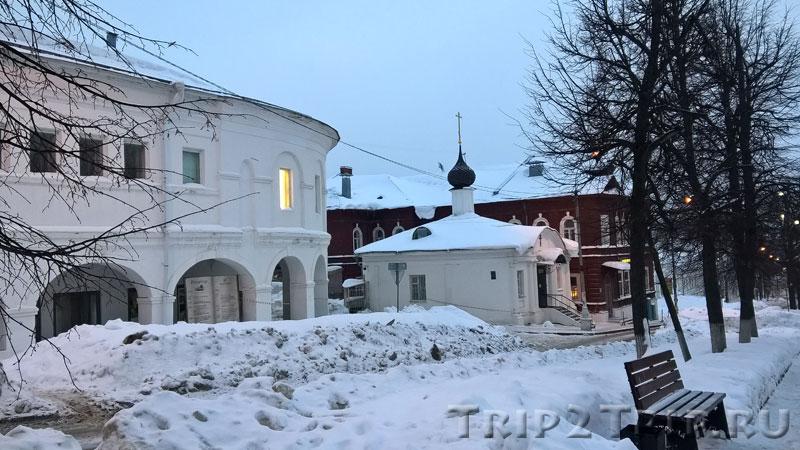 Квасные Ряды и часовня Николая Чудотворца, улица Молочная Гора, Кострома