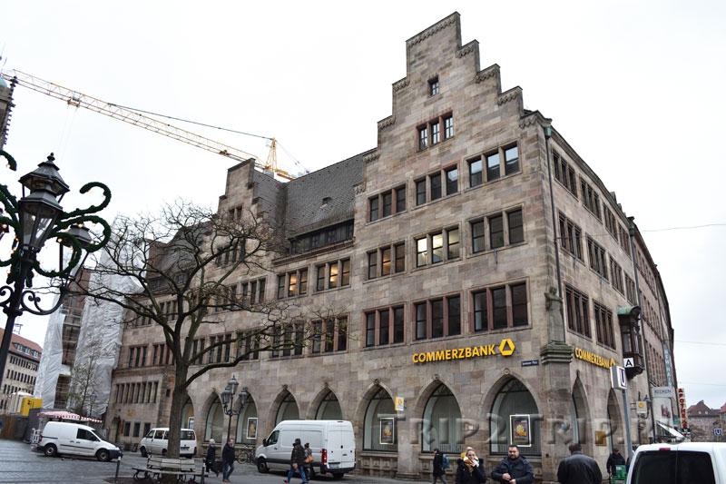 Здание Коммерцбанка, Лоренцер плац, Нюрнберг