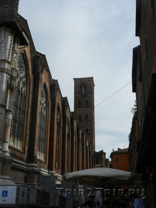 Кампанила базилики Сан-Петронио, Болонья