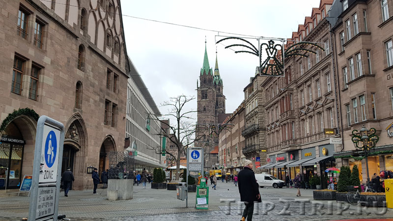 Перспектива Кёнигштрассе от Маутхалле до Лорецнкирхе, Нюрнберг