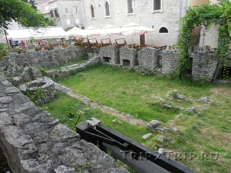 Руины христианской базилики, Старая Будва