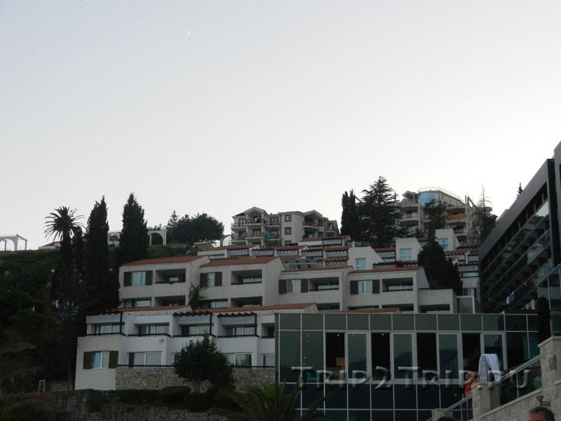 Район Госпоштина на склоне горы Светиспас, Будва