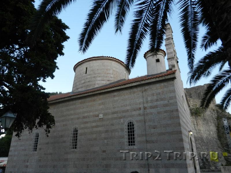 Церковь Святой Троицы, Старая Будва