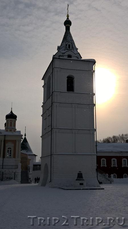 Звонница в Ипатьевском монастыре