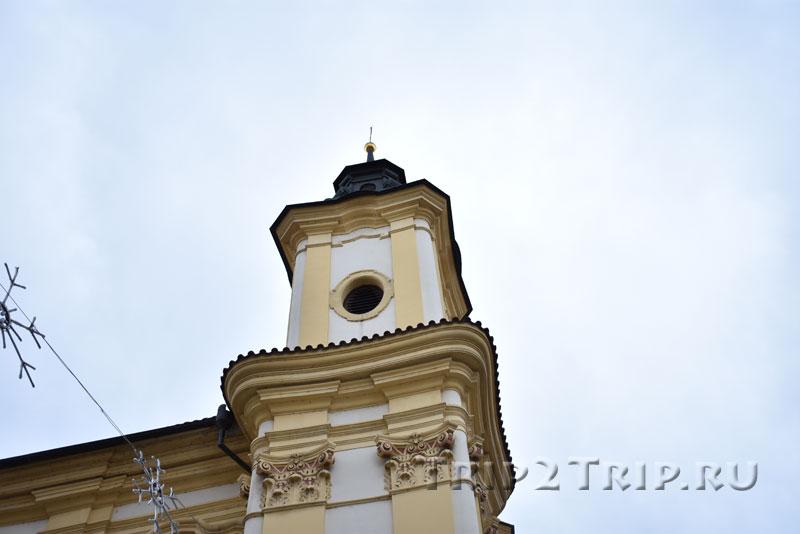 Восточная башня храма Святой Анны