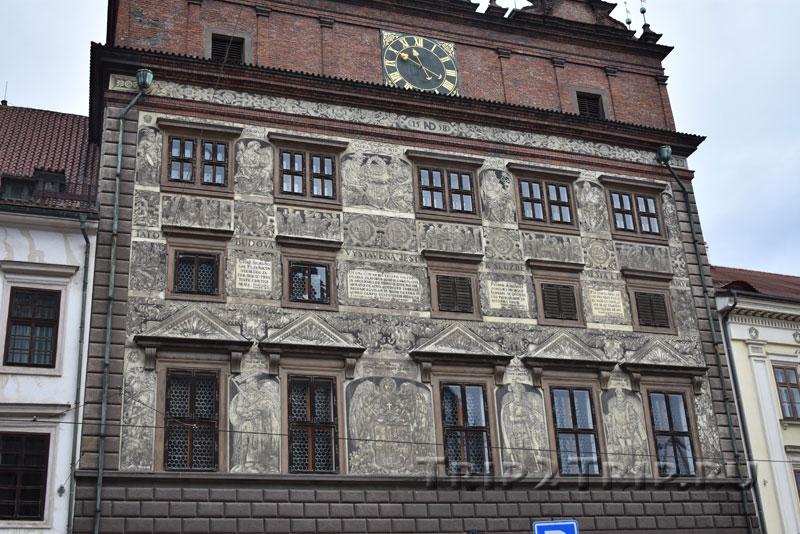 Фасад пльзеньской ратуши