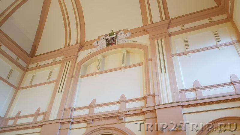 Интерьеры железнодорожного вокзала, Пльзень