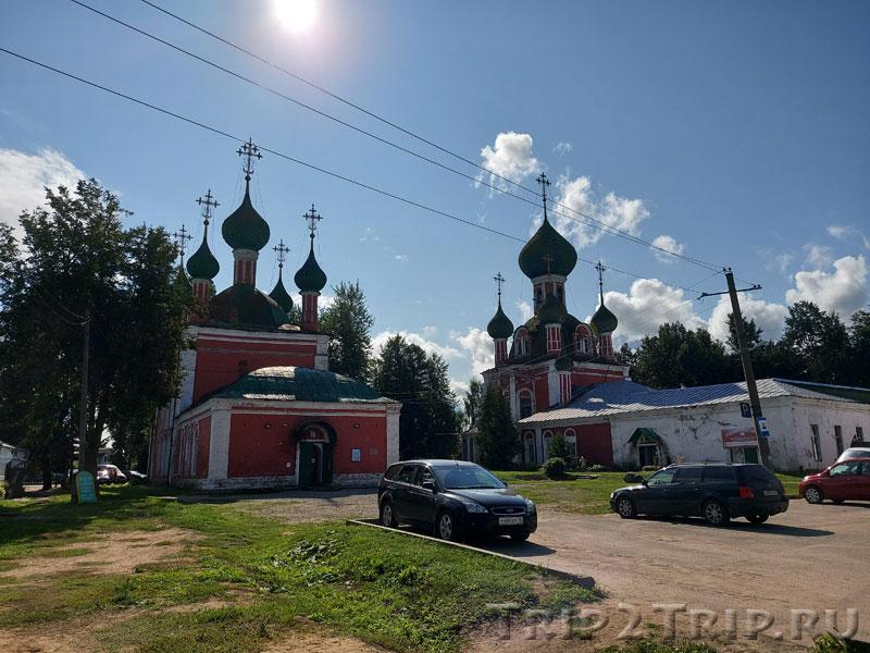 Церковь Александра Невского и Владимирский собор, Красная площадь, Переславль-Залесский