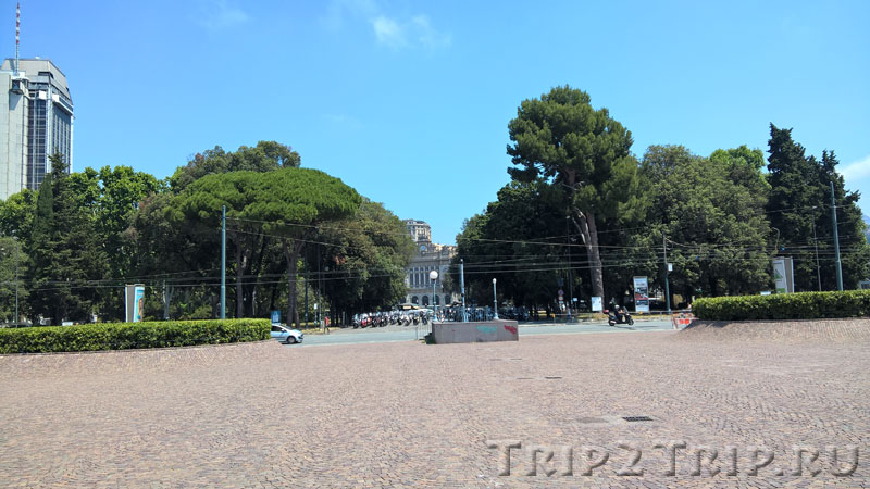 Парк на площади Верди, Генуя